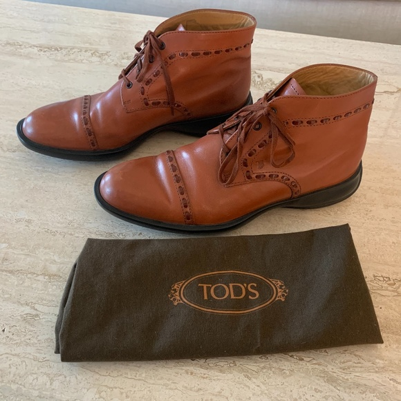Tod's Oxford Style Ankle Boots w/ Stitching Detail